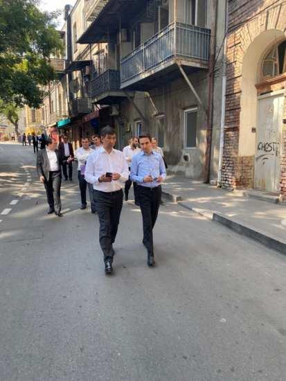 Бишкек собирается установить побратимские связи с Тбилиси и Ереваном