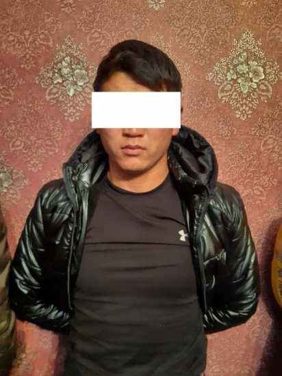 Четверо парней ворвались в дом жителя Нижней Ала-Арчи и убили его сына