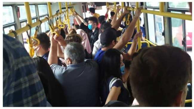 Call-центр: в общественном транспорте толпа из-за нового графика работы