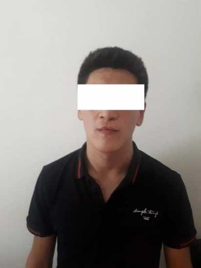 Парни в медицинских масках на полмиллиона ограбили супермаркет