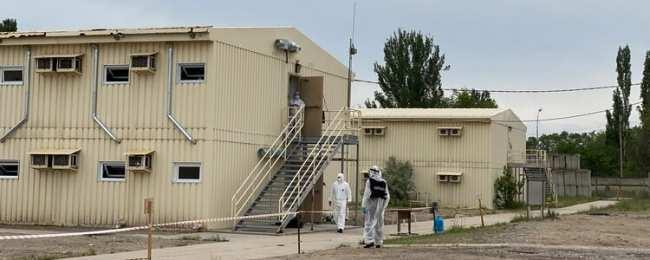 В обсервации «Ганси» за сутки от пневмонии умерли 13 человек