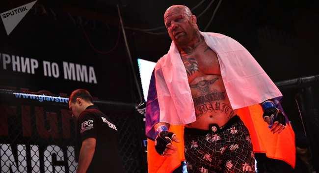 �ме�икан�кий бое� MMA, многок�а�н�й �емпион ми�а по джи�-джи��� и г��пплинг� �же�� �он�он. ���ивное �о�о