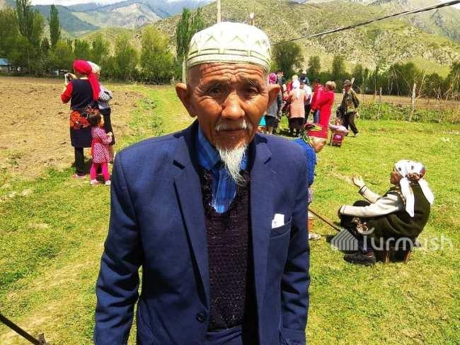 Отец Н.Абдышева - 80-летний Токтобай Абдышев