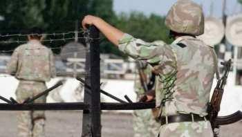 Пограничники Таджикистана избили и взяли в плен двух военнослужащих из Кыргызстана