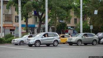В Бишкеке проходит акция против высоких штрафов за нарушение ПДД