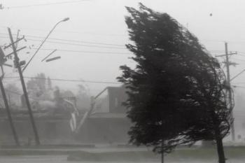 Срочно закрывайте окна! На Бишкек идет шквалистый ветер!