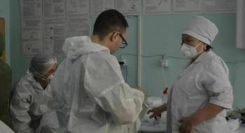"""Волонтеры готовы помочь Минздраву установить при больницах """"сортировочные медпункты"""""""