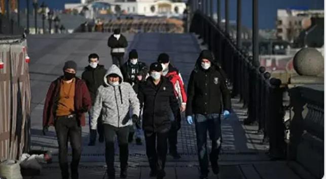 Россия потребовала, чтобы нелегальные мигранты-кыргызстанцы покинули страну до 15 июня