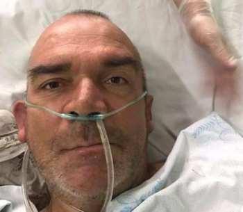 В больницу доставлен мужчина без сознания. Помогите опознать, может, его ищут
