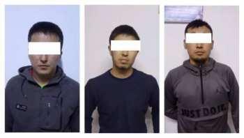 Трое мужчин похитили и пытали человека, вымогая у него 100 тысяч сомов