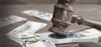 В Жогорку Кенеше озвучили размер зарплаты судей
