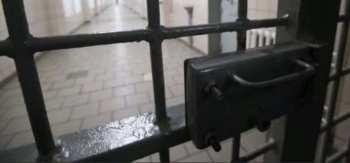 В Бишкеке девушка совершила разбойное нападение на ювелирный магазин и загремела в тюрьму